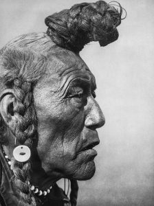 Bear-Bull de la tribu chamanique Blackfeet