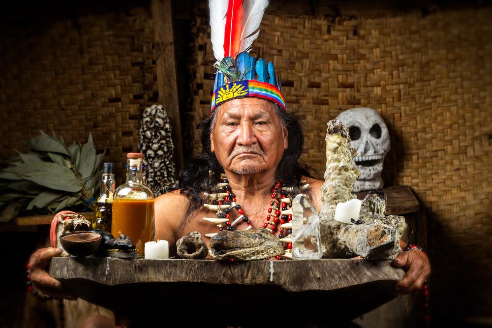 Chamane d'Amazonie et cérémonie d'ayahuasca