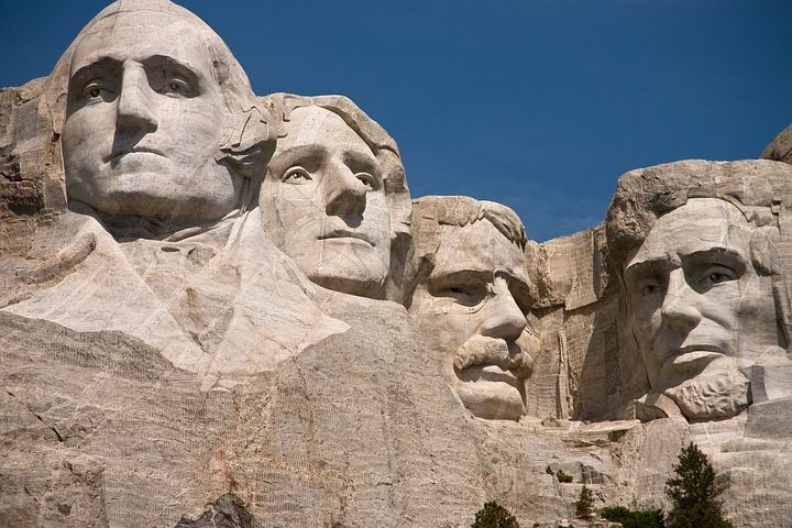 Geoge Washington, Thomas Jefferson, Theodore Roosevelt & Abraham Lincoln