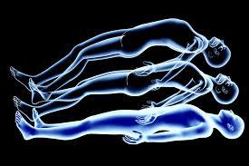 L'âme ou la conscience quitte le corps physique et matériel