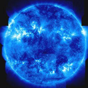 L'âme est comme une étoile bleue